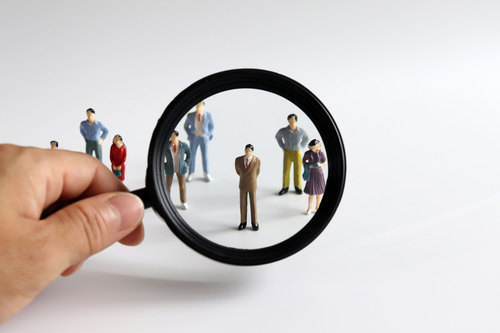 businesses in Vietnam choose to use Executive search firms because they lack the internal research resources, professional networks, or evaluative skills to properly recruit for themselves