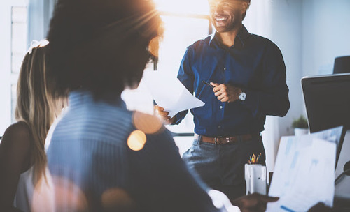 If you choose to connect with an employment agency Vietnam to get your next job, some following notes will help you have more confidence