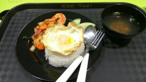 kho-thai-prawn-basil-rice-outram-food
