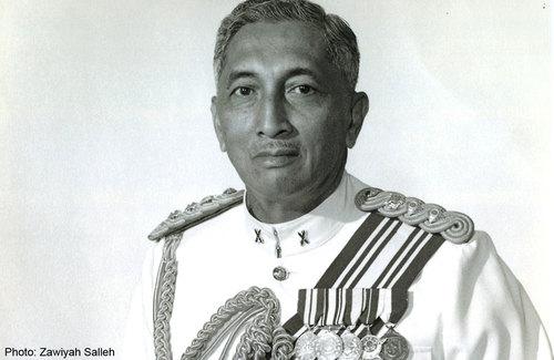 yusof-ishak-5-successful-leadership-traits